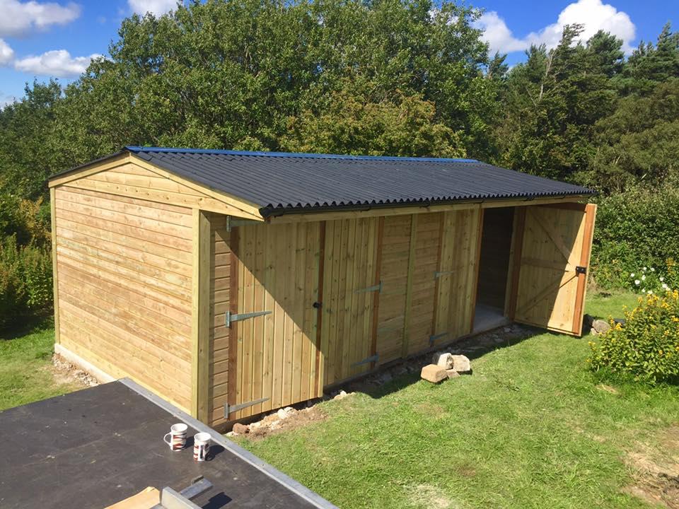 Heavy Duty Double Barn Style Garage